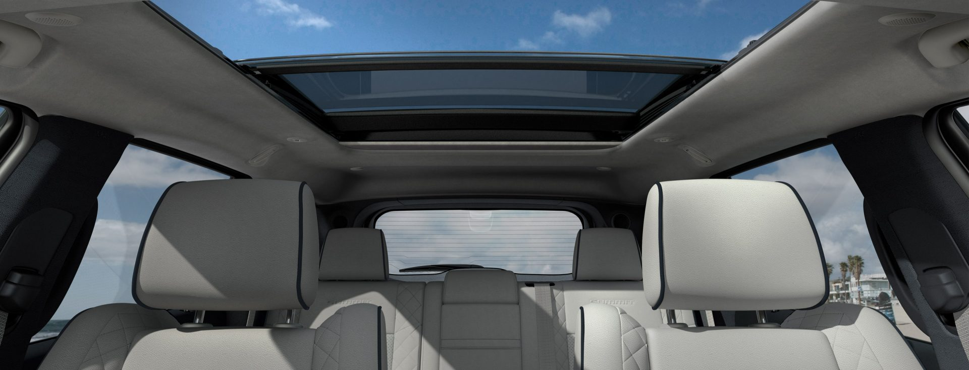 jeep grand cherokee interior features. Black Bedroom Furniture Sets. Home Design Ideas